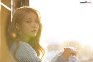 'Sunrise' MV behind - Sowon
