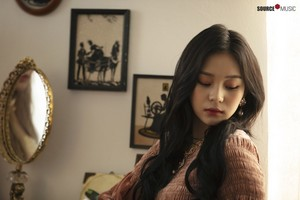 'Sunrise' MV behind - Umji