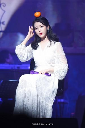 190105 IU 10th Anniversary concerto in Jeju