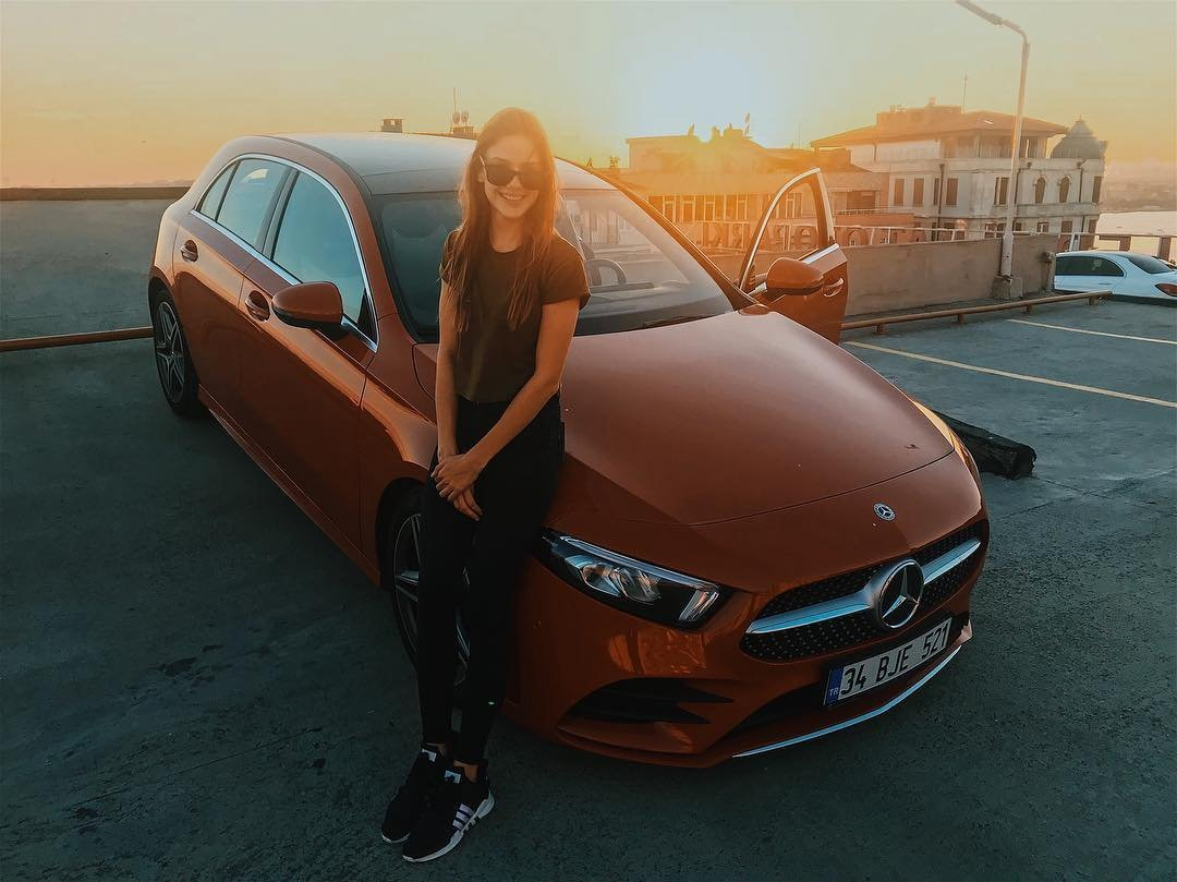 Alina Boz with her new car