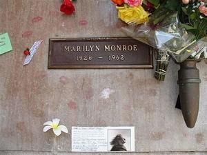 Marilyn's Gravesite