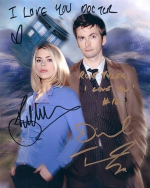 Proof the Doctor Loves Rose!!