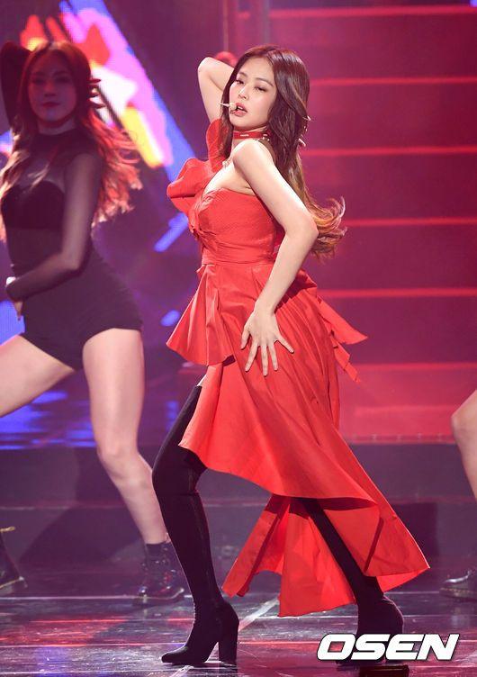 Jennie at Gaon Chart Music Awards 2019 - Jennie (BLACKPINK