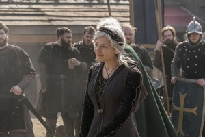 "Vikings ""What Happens in the Cave"" (5x19) promotional picture"