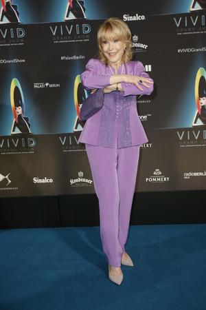 Barbara Eden (2018)