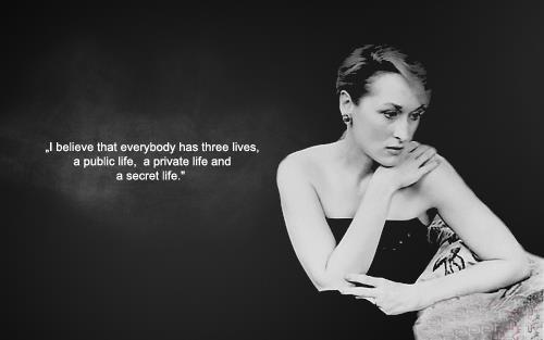 Lavendergolden Hintergrund titled Meryl Streep Inspiration 🧡