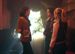 "Riverdale 3x11 ""Chapter Forty-Six: The Red Dahlia"" Promotional Обои"