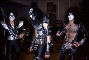 Kiss (NYC) January 13, 1976