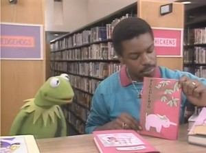 LeVar with Kermit the Frog
