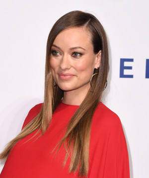 Olivia Wilde ~ Friars Club Honors Martin Scorsese With Entertainment 아이콘 Awards