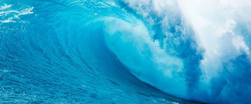 Lavendergolden Hintergrund titled Ocean Waves