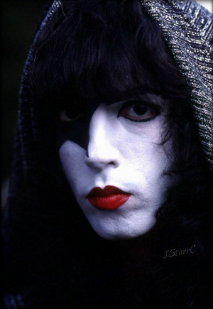 Paul ~Valencia, California…May 11-15, 1978 (KISS Meets the Phantom of the Park)
