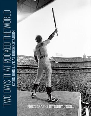 Book Pertaining To 1975 Dodger Stadium buổi hòa nhạc
