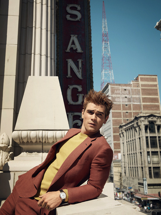 KJ Apa photographed sa pamamagitan ng Doug Inglish for GQ Style (2018)