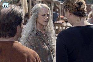 9x13 ~ Chokepoint ~ Carol and Dianne