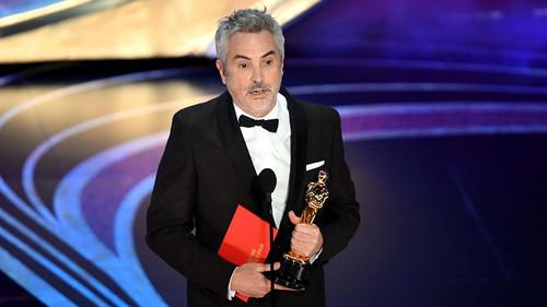 sinema karatasi la kupamba ukuta entitled Alfonso Cuaron 2019 Oscar