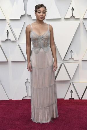 Amandla Stenberg 2019 Oscars red carpet