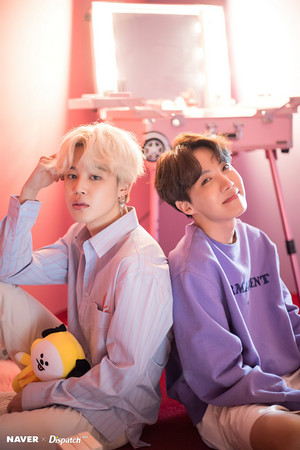 BTS x Dispatch Special White ngày