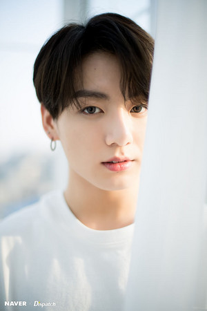 BTS x Dispatch Special White siku
