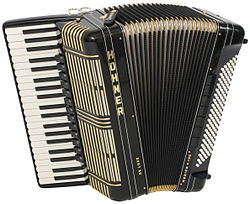 Black Hohner bass Accordion (Harmonika)