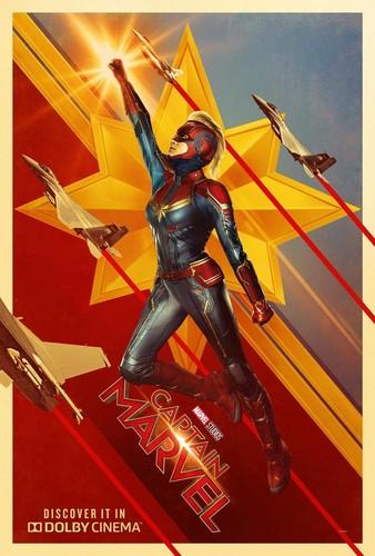 Marvel's Captain Marvel fond d'écran titled Captain Marvel poster