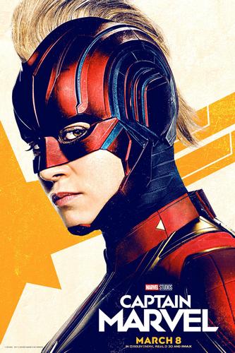 Marvel's Captain Marvel fond d'écran titled Captain Marvel posters