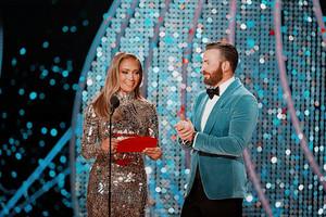 Chris Evans and Jennifer Lopez 91st annual Academy Awards (2-24-19)