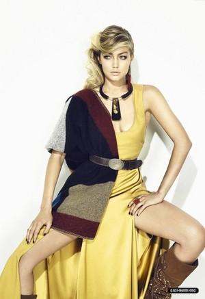 Gigi ~ S Moda (2014)