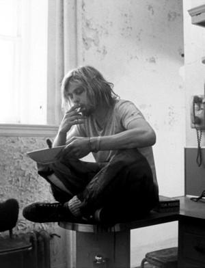 HBD Kurt 💗