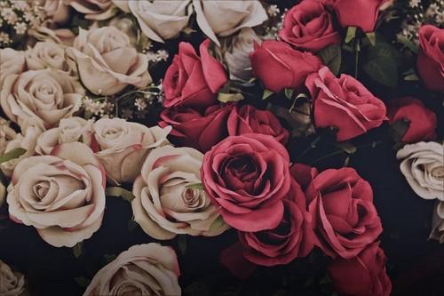 Lavendergolden Hintergrund entitled Happy Valentine`s Tag for ma sweet Violet🌹💖💍🌸