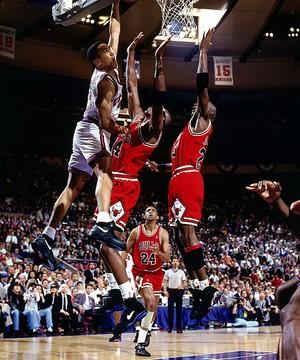 John Starks' dunk over Jordan and Grant - Game 2 1993 Eastern Conference Finals