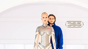 KATY PERRY WITH ZEDD 365