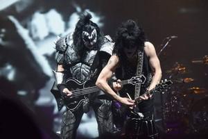 Kiss ~Glendale, Arizona...February 13, 2019 (Gila River Arena)