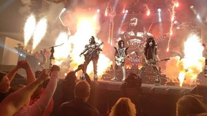 Kiss ~Moline, Illinois...March 10, 2019 (TaxSlayer Center)