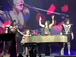KISS ~Sacramanto, California...February 9, 2019 (Golden 1 Center)
