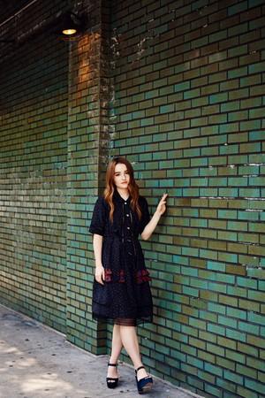 Kaitlyn Dever - Coveteur Photoshoot - 2017