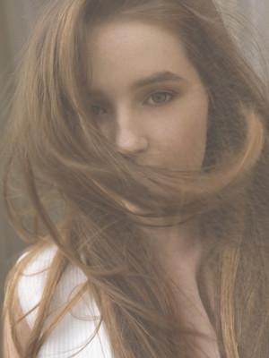 Kaitlyn Dever - The Last Magazine Photoshoot - 2017