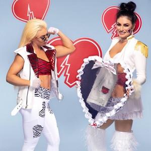 Mandy & Sonya Honor Shawn Michaels