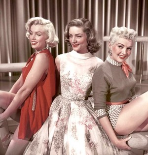 Marilyn Monroe, Lauren Bacall, Betty Grable