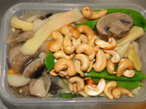 Mixed vegetables with cashews