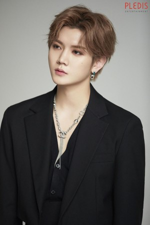 NU'EST 2019 perfil