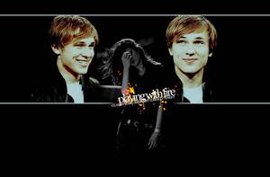 Peeta/Katniss wolpeyper - Playing With apoy