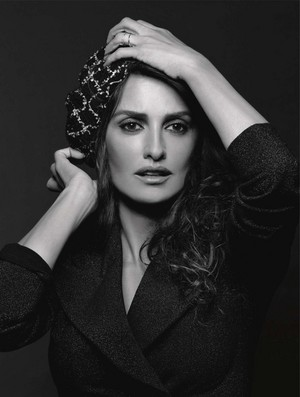 Penélope Cruz for Chanel Cruise [2019 Campaign]