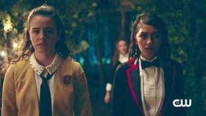 Penelope and josie Legacies