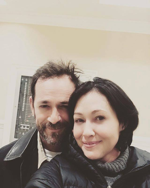 RIP LUKE PERRY THANK U FOR SELFIE WITH SHANNEN DOHERTY