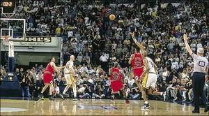 Reggie Miller's Game-Winning Three-Pointer - Game 4 1998 Eastern Conference Finals