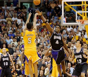 Robert Horry's Three-Point Buzzer-Beater - Game 4 2002 Western Conference Finals