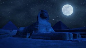 SUPER SNOW MOON IN GIZA EGYPT