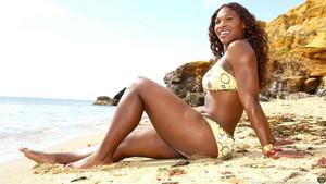 Serena Williams - समुद्र तट चित्र