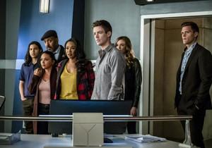 "The Flash 5.17 ""Time Bomb"" Promotional Bilder ⚡️"